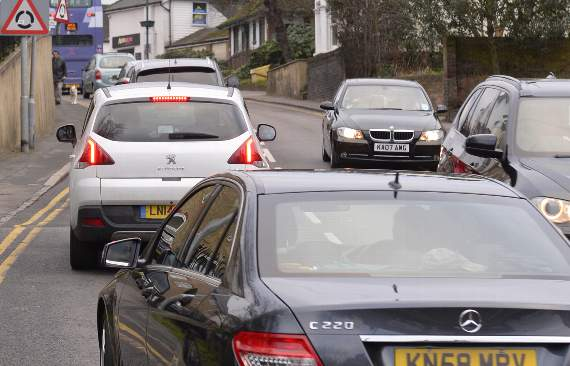 TRAFFIC: Delays between London Road and Fairglen Interchange