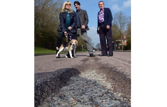 EXCLUSIVE: Laindon residents left baffled as Essex Council insists there is 'nothing wrong' with crater-filled Durham Road